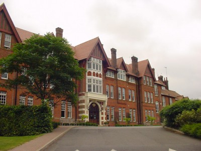 5.Caterham School - Campus - Front of School 1024x768